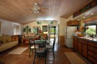 Puako vacation rental: Bamboo Beach Cottage - 2BR