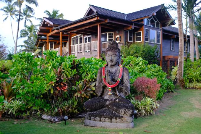 Haena vacation rental: Bali Hai Dream House - 4BR Beachfront Home