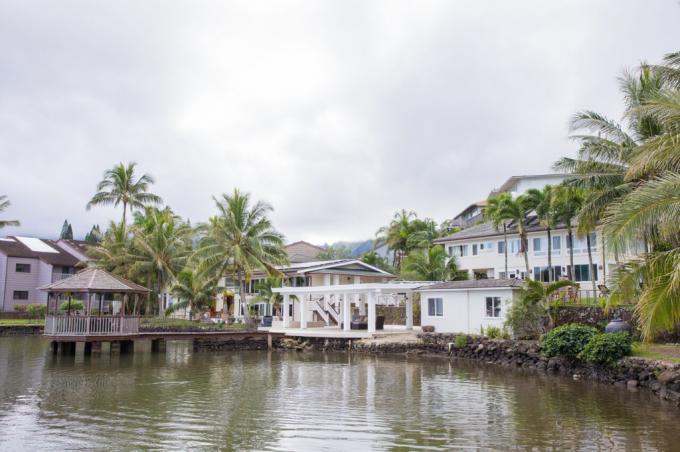 Bay Front Kohola Hale - 5BR Home