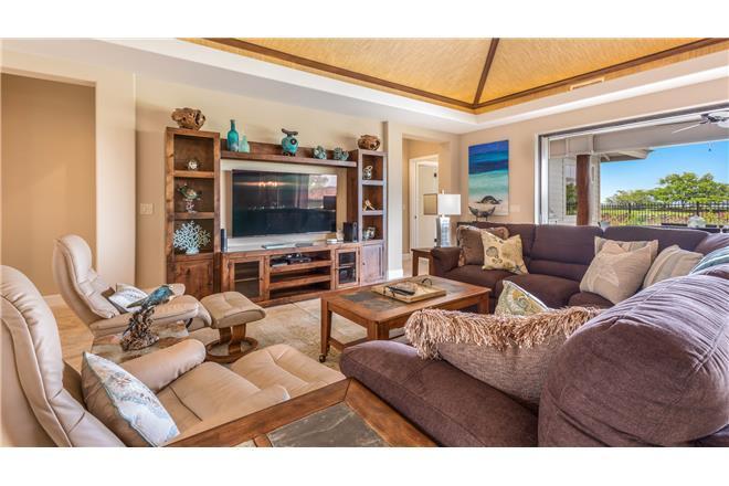 Mauna Lani KaMilo Home - 4BR Home Mountain View + Private Pool + Private Hot Tub #333