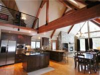 Sunriver condo rental: 8 Mt Baker - 4BR Home + Private Hot Tub