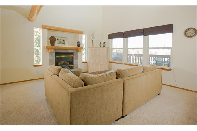 Sunriver vacation rental: Quiet River - 4BR Home