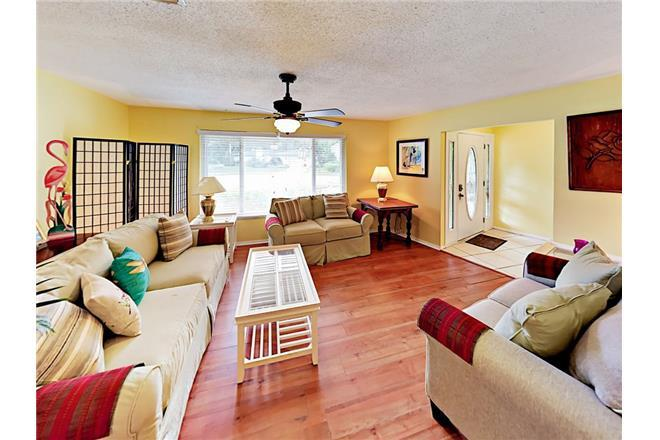 Woodland Waters Retreat in Palm Harbor - 4BR Home