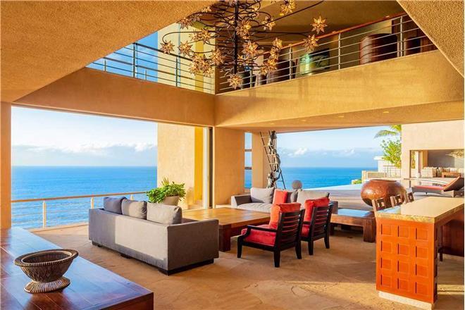 Villa Bellissima - 8BR Home + Private Hot Tub + Private Pool