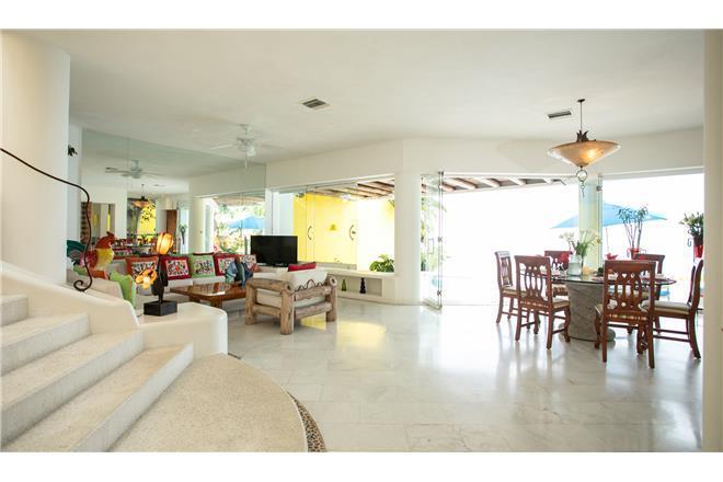 Puerto Vallarta vacation rental: Villa Las Penas - 3BR Home