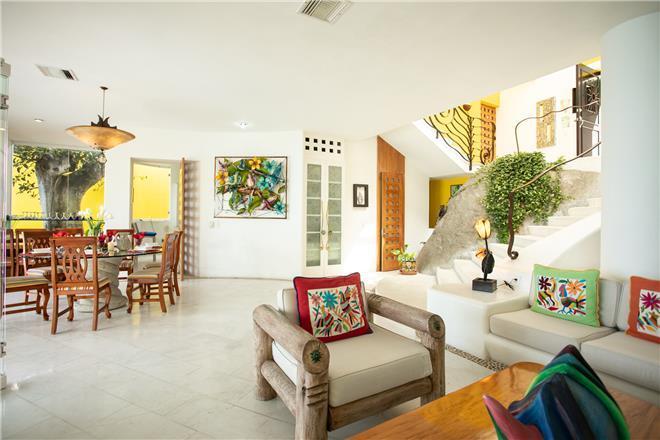 Puerto Vallarta vacation rental: Villa Las Penas - 4BR Home