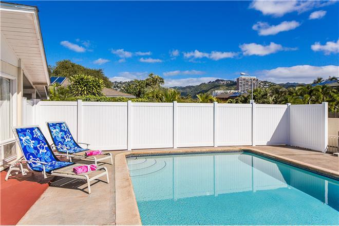 Kahala Cottage - 2BR Home Water View + Private Pool
