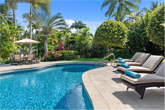 Kailua Shores Estate - 8BR Home Garden View + Private Pool + Private Hot Tub
