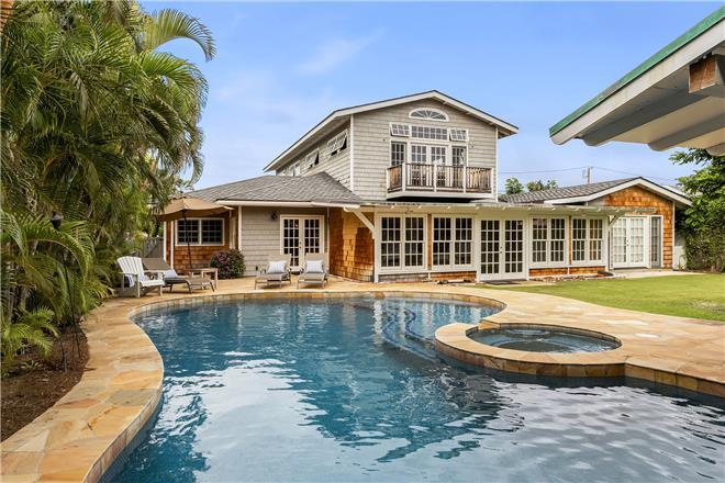 Kahala Seaside - 4BR Home Mountain View + Private Pool + Private Hot Tub
