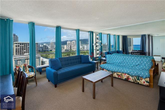 Honolulu condo rental: Waikiki Townhouse - 1BR Condo #2503