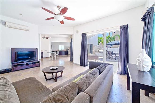 Corridor vacation rental: Casa Angelina - 3BR Home